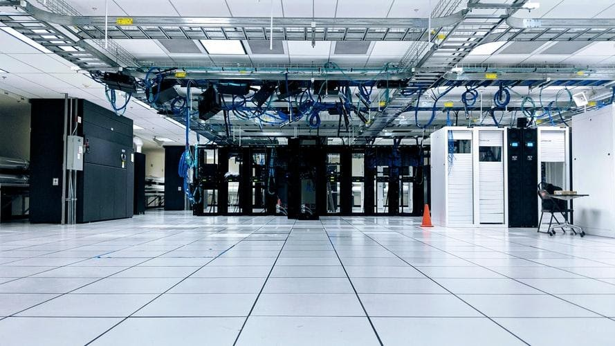 Cat8 Cable can dramatically upgrade data centers and server rooms.